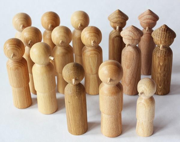 Holz-Nasenfiguren Set 1 (Jesus heilt ein Kind)